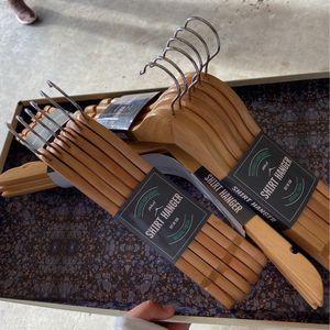Shirt Hangers for Sale in Woodburn, OR
