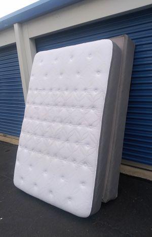 Like new full sz mattress set for Sale in Nashville, TN