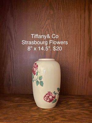 Tiffany & Company vase. $20 for Sale in Columbia, SC