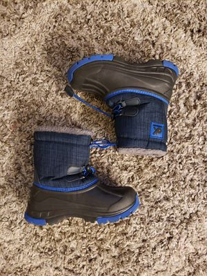 Boys Snow Boots Kids Size 1 for Sale in Garden Grove, CA