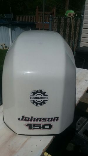 2002 Johnson 150hp outboard motor cover for Sale in Seaford, NY