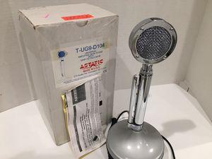 ASTATIC D104 CB HAM RADIO VINTAGE MICROPHONE for Sale in Pinellas Park, FL