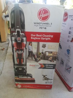 NEW HOOVER VACUUM BIGGER!! STRONG WINDTUNNEL 3 PET! for Sale in Houston, TX