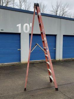 Werner 10 Ft Fiberglass Step Ladder (type 1A-300#) for Sale in Oregon City,  OR