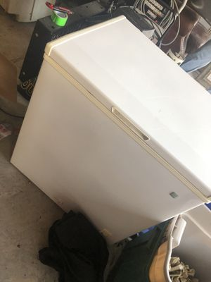 GE freezer for Sale in Friendswood, TX