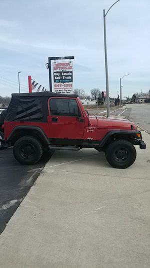 1999 Jeep Wrangler 133k mi Snow Ready AC 4.0 6cyl Cruise AUTOMATIC for Sale in St. Louis, MO