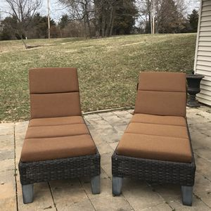 Outdoor Loungers for Sale in Wildwood, MO