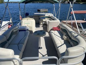 2006 sweet water 2386re4 pontoon boat for Sale in Yorktown Heights, NY