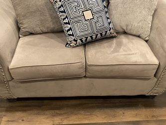 Couches for Sale in Philadelphia,  PA