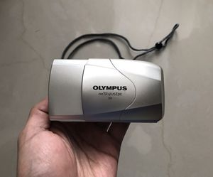 Olympus Stylus Epic DLX 35mm 1:2.8 Large Aperture Lens Film Camera for Sale in Weslaco, TX