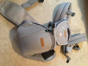 I mama baby carrier with hipseat for Sale in Kirkland, WA