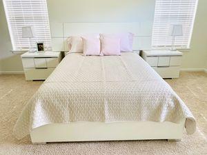 QUEEN BEDROOM SET for Sale in Vancouver, WA
