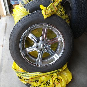 BF Goodrich P275/55r20 for Sale in East Wenatchee, WA