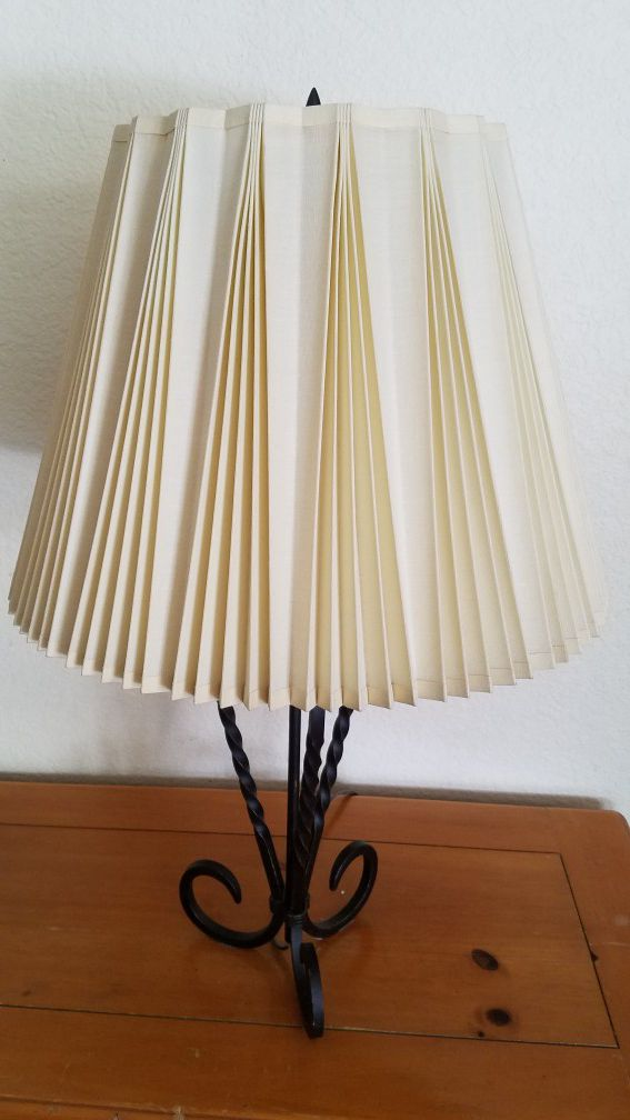 "26"" lamp with 1960's pleated linen stffel shade"