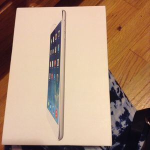 Will trade iPad mini for a iPhone 7 or newer for Sale in Livonia, MI