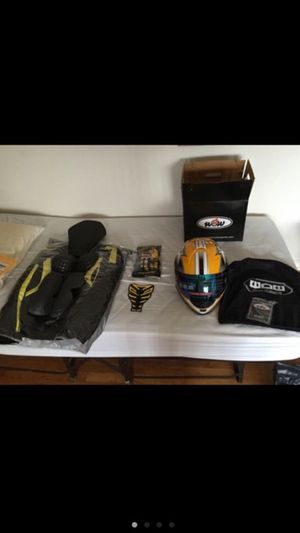 Motorcycle gear set for Sale in Schiller Park, IL