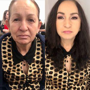 Maquillaje y peinado for Sale in Manassas, VA
