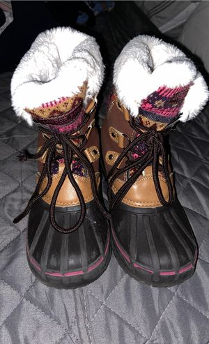 Kids snow boots for Sale in Chicago, IL