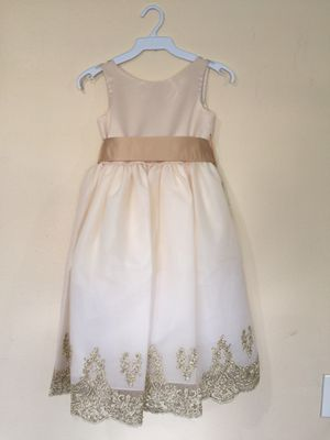 New Taupe Champagne Flower Girls Party Dress Size 6 for Sale in Hacienda Heights, CA