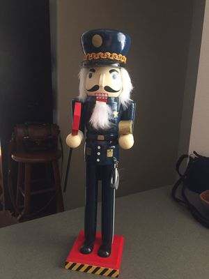 "Large 19"" Police Officer Nutcracker for Sale in Cashmere, WA"
