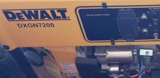 Generator Dewalt DXGN7200 for Sale in Newberg,  OR