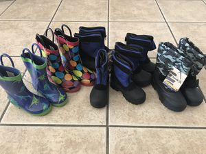 Snow boots & rain boots for Sale in North Las Vegas, NV