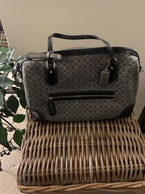Signature Black & Gray Coach Hand Bag for Sale in Chelmsford, MA
