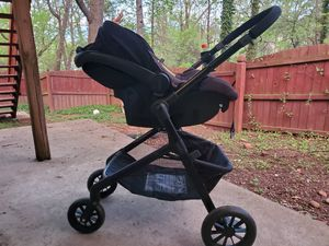 Car seat and carriage for baby for Sale in Sterling, VA