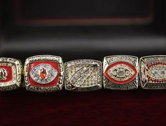 Washington Redskins Championship Ring set 1972 1982 1983 1987 1991 for Sale in Bakersfield,  CA