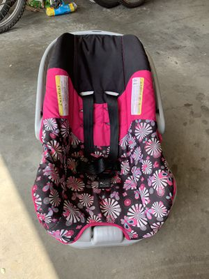 Car seat for Sale in Marietta, GA