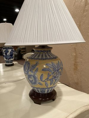 "26"" ginger jar table lamp from MDC for Sale in Bloomfield Hills, MI"