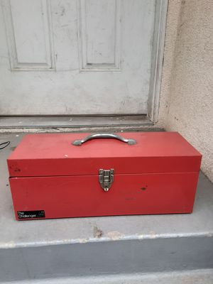 CHALLENGER SMALL TOOL BOX for Sale in Los Angeles, CA
