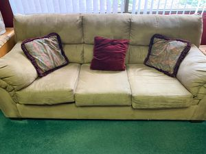 Suede finish couch for Sale in Wichita, KS