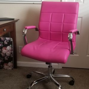 Pink Office Chair for Sale in Chico, CA