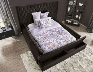 Queen/king black tufted bed frame //Finance Available//NO CREDIT NEEDED for Sale in Los Angeles, CA