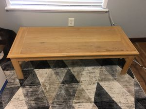 Coffee table with matching side table for Sale in Kent, WA