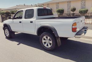 TOYOTA TACOMA 2003 LOOKS GREAT for Sale in Boston, MA