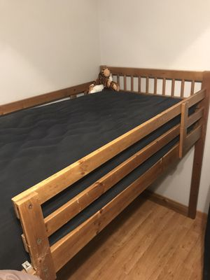 Twin Size Loft Bunk Beds for Sale in Chula Vista, CA