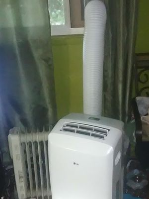 LG Portable AC Unit for Sale in Charlotte, NC