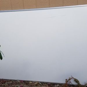 Dry Erase Board 4'x6' for Sale in Goodyear, AZ