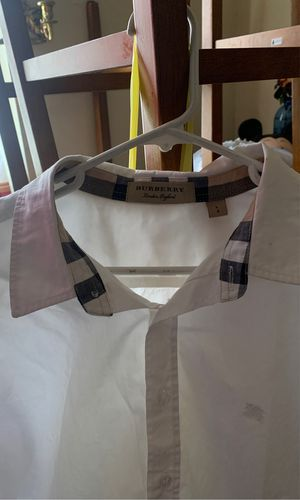 Burberry button shirt Large for Sale in Bell, CA