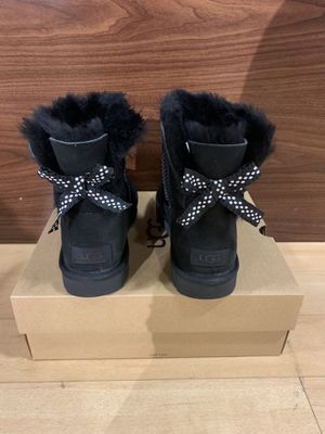 100% Authentic Brand New in Box UGG Mini Bailey Bow II Ruffled Boots / Women size 5 and Women size 7 / Color: Black for Sale in Walnut Creek, CA