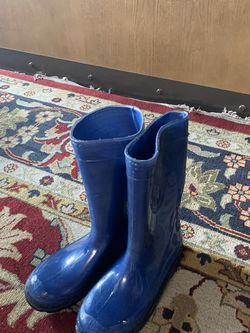 Rain Boots Kids Size 13 for Sale in Cupertino,  CA