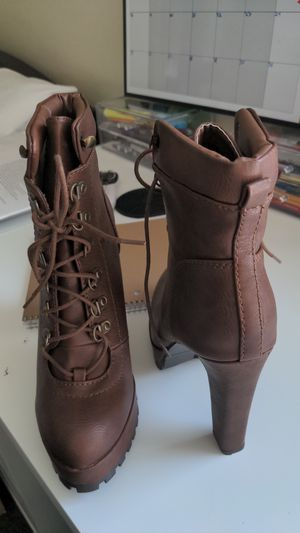 New justfab combat high heel boots size 8 for Sale in Los Angeles, CA
