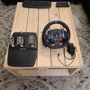 LOGITECH G29 RACING WHEEL, PS3,PS4,PS5 for Sale in Miami, FL