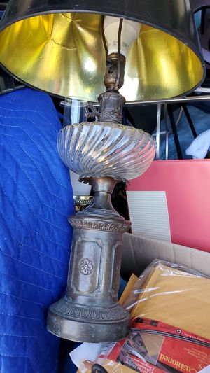 Antique? Table Lamp for Sale in San Fernando, CA