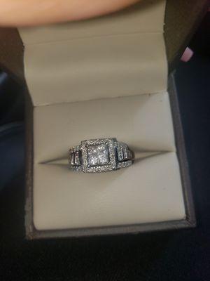 Size 6 diamond wedding set for Sale in Houston, TX