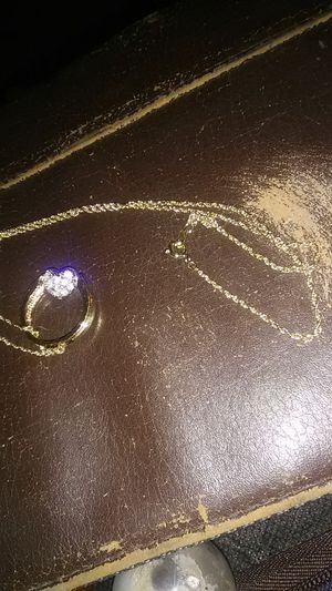 Gold chain with heart filled with diamonds for Sale in Dallas, TX
