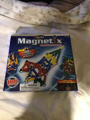 RoseArt Magnetic magnetic building set brand new 100 pieces set for Sale in Leicester, MA