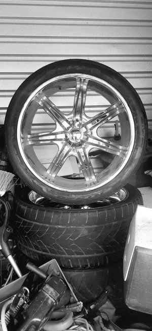 "24"" rims&tires for Sale in Belton, TX"